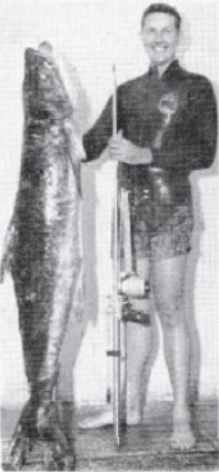 Bob Penfold with Aquamatic and Cobia.jpg